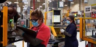 México logrará recuperar los empleos perdidos durante la pandemia de la Covid-19 de la forma más rápida registrada en la historia de México.