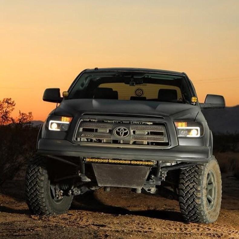 Toyota Tundra Headlights qatar
