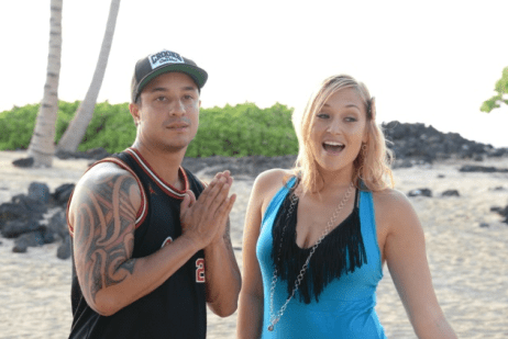 "Awa & Hawaii's Anuhea ""Perfect Day"""