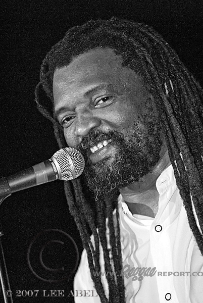 Interesting Facts About Lucky Dube
