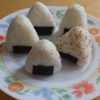 Recette des Onigiri de ma grand mère.