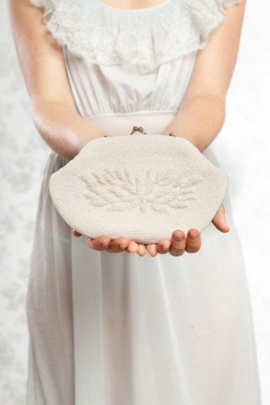 24309_buy_1_get_1_sale_clutch_purse_white_beaded_vintage_bridal_purse_bridal_purse_bridal_handbag_wedding_purse_bridal_clutch_1350406957_334