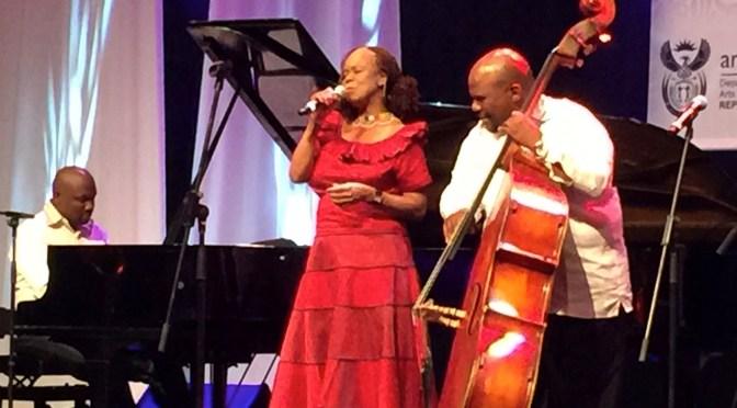 Victor Masondo and Thembi Mtshali (reginamartins.com(