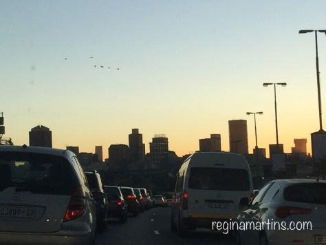 traffic in the city by reginamartins.com