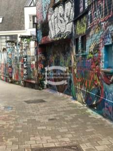 Werregarenstraatje, graffiti street in Ghent, Belgium ©2018 Regina Martins