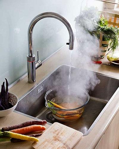 Kochend Wasserhahne Sind Praktische Helfer In Der Kuche Regio