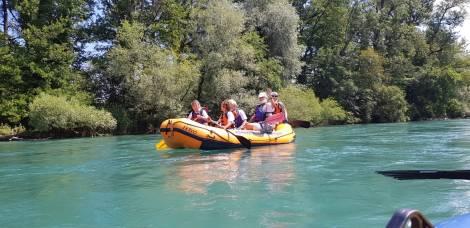5-er Crew im Schlauchboot