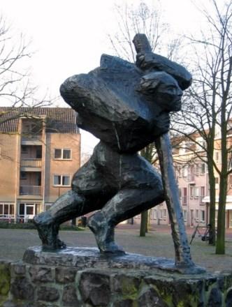 Het standbeeld van Van der Mey in 2016. Licentie: CC-BY. Collectie Regionaal Archief Alkmaar