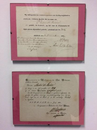 Twee documenten over de ten name stellening en loting van een graf. Bron: Algemene Begraafplaats Alkmaar