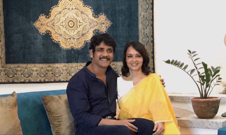 Love You Sweetheart Nagarjuna Wishes Wife Amala On Bday Pinkvilla News