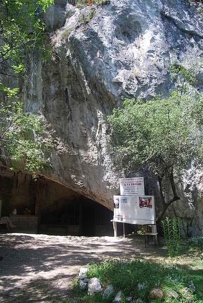 La grotte de la Vache
