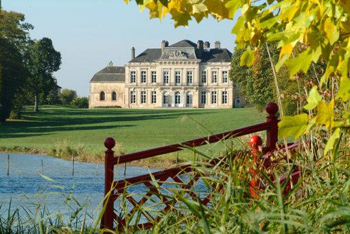 Château d'Arcelot et ses Jardins