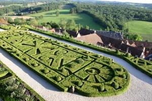 Chateau de Hautefort Jardin