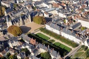 Nievre Nevers place du Palais ducal