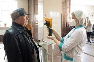 Работа, «больничные» и изоляция людей 65 + в РФ