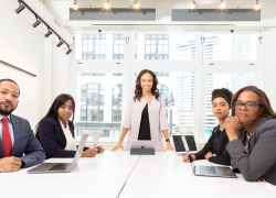 Discover top 10 Management Skills to Become a Strong Leader.
