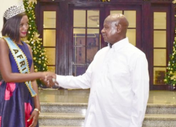 Yoweri Museveni has criticized Miss Africa for her hair dressing.