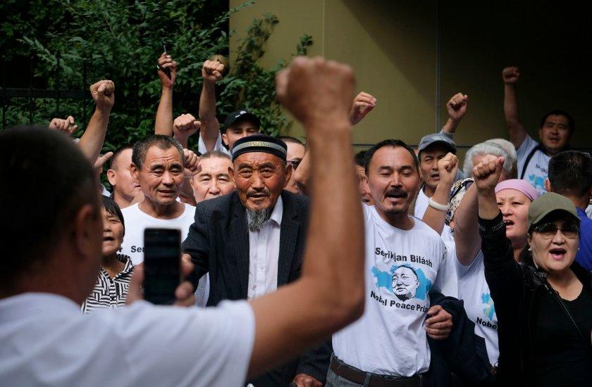 Google, Apple, and Mozilla together to block Kazakhstan