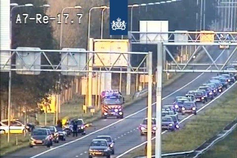 File door ongeluk richting Zaandam op A7 nabij Purmerend-Noord - - Regio Purmerend