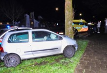 Photo of Automobilist raakt macht over stuur kwijt