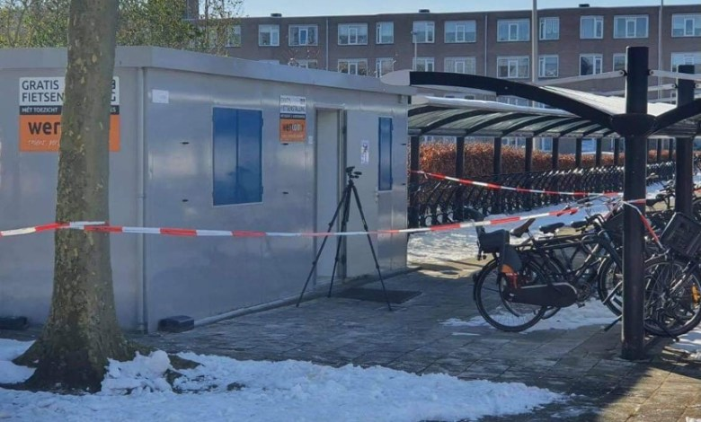 Man aangetroffen in fietsenstalling Beatrixplein – politie doet onderzoek