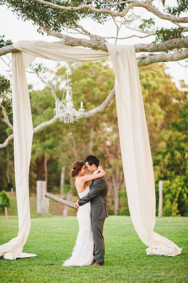 Altar Decorations Wedding 25 Chic And Easy Rustic Wedding Arch Ideas For Diy Brides