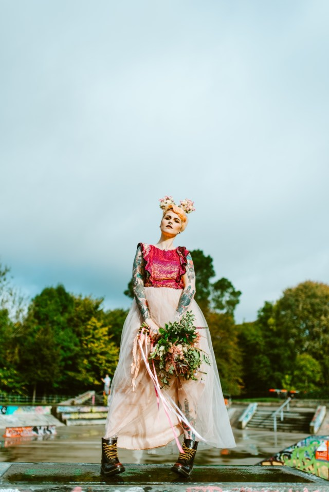 Alternative Wedding Ideas 90s Grunge Meets Disney Wedding Ideas Rock N Roll Bride