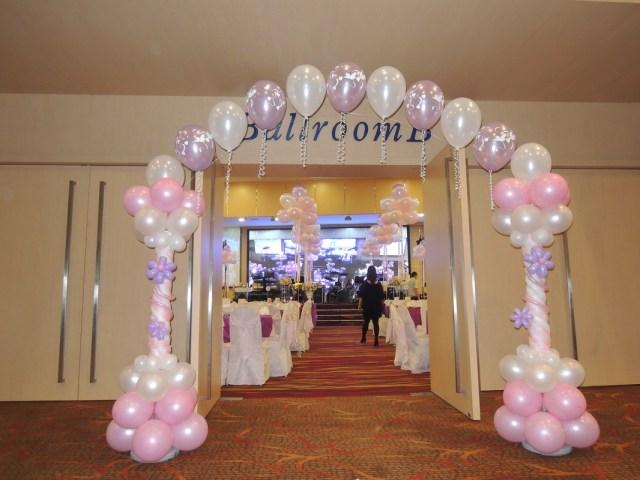 Baloon Decorations Wedding Weddings Instant Photobooths Balloon Decorations Bounce Of Joy