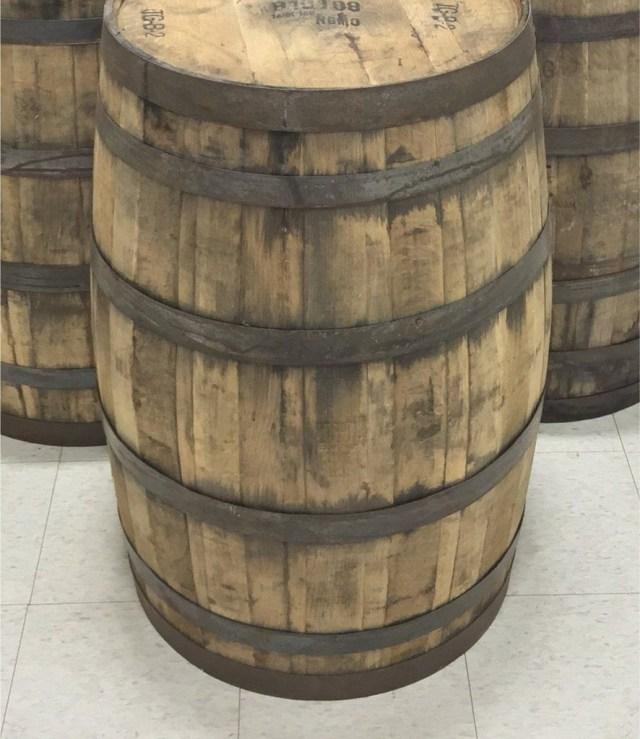 Barrell Wedding Decor 21 Whiskey Barrel Wedding Decor Italib Wedding Decoration Classes