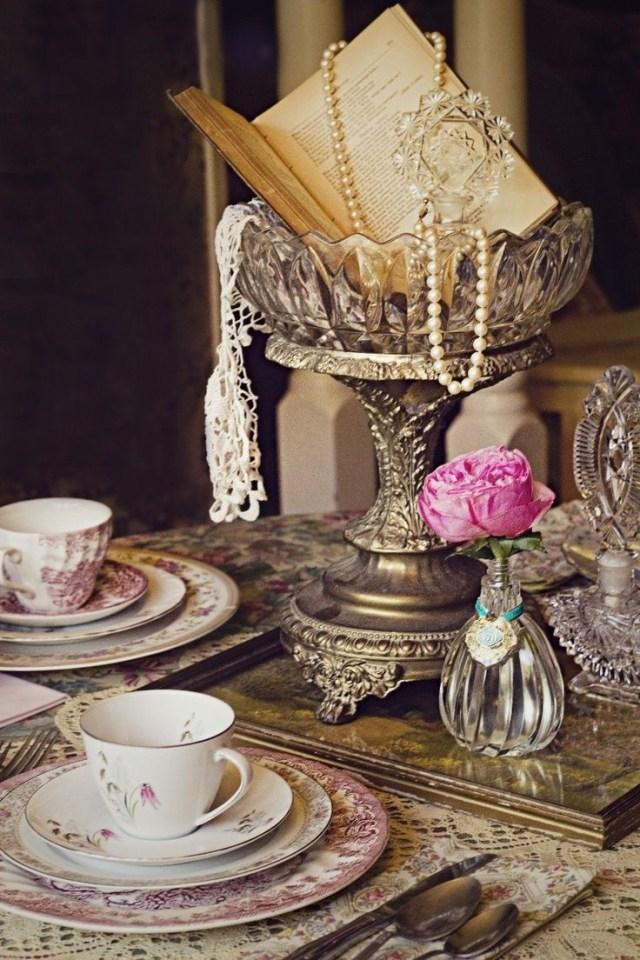 Books Wedding Decor 28 Of The Most Inspirational Vintage Wedding Ideas