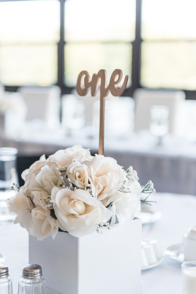 Diy Wedding Tables Simple And Elegant Diy Wedding Decor Erin Elizabeth