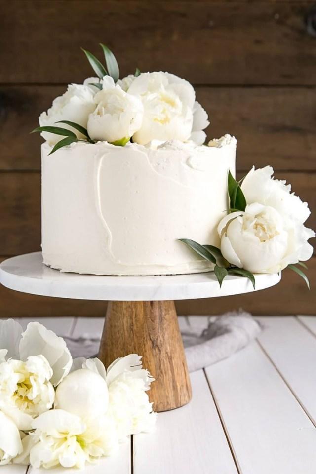 Doilie Wedding Decor How To Bake And Decorate A Wedding Cake Paper Doily Wedding