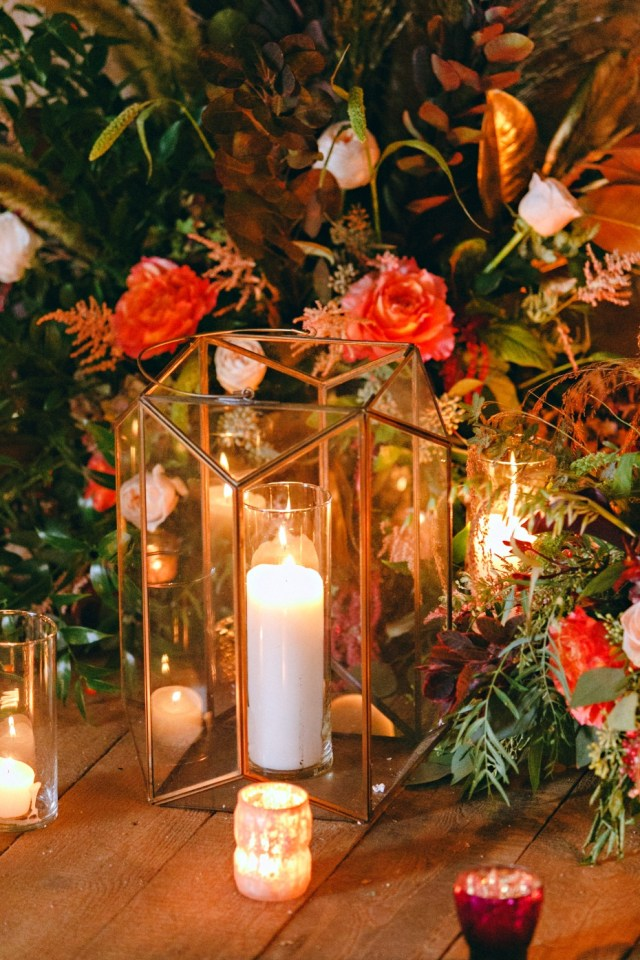 Fall Wedding Decorations How To Have A Moody Modern Rustic Fall Wedding Day