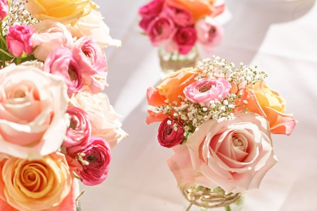 Flower For Wedding Top Tips For Wedding Flowers On A Budget Interflora