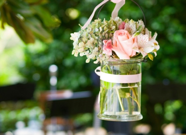 Frugal Wedding Decor Inexpensive Wedding Decorations Thriftyfun