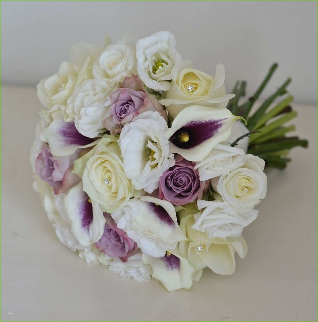 May Wedding Ideas May Wedding Flowers Elegant Calla Lily And Rose Wedding Bouquets