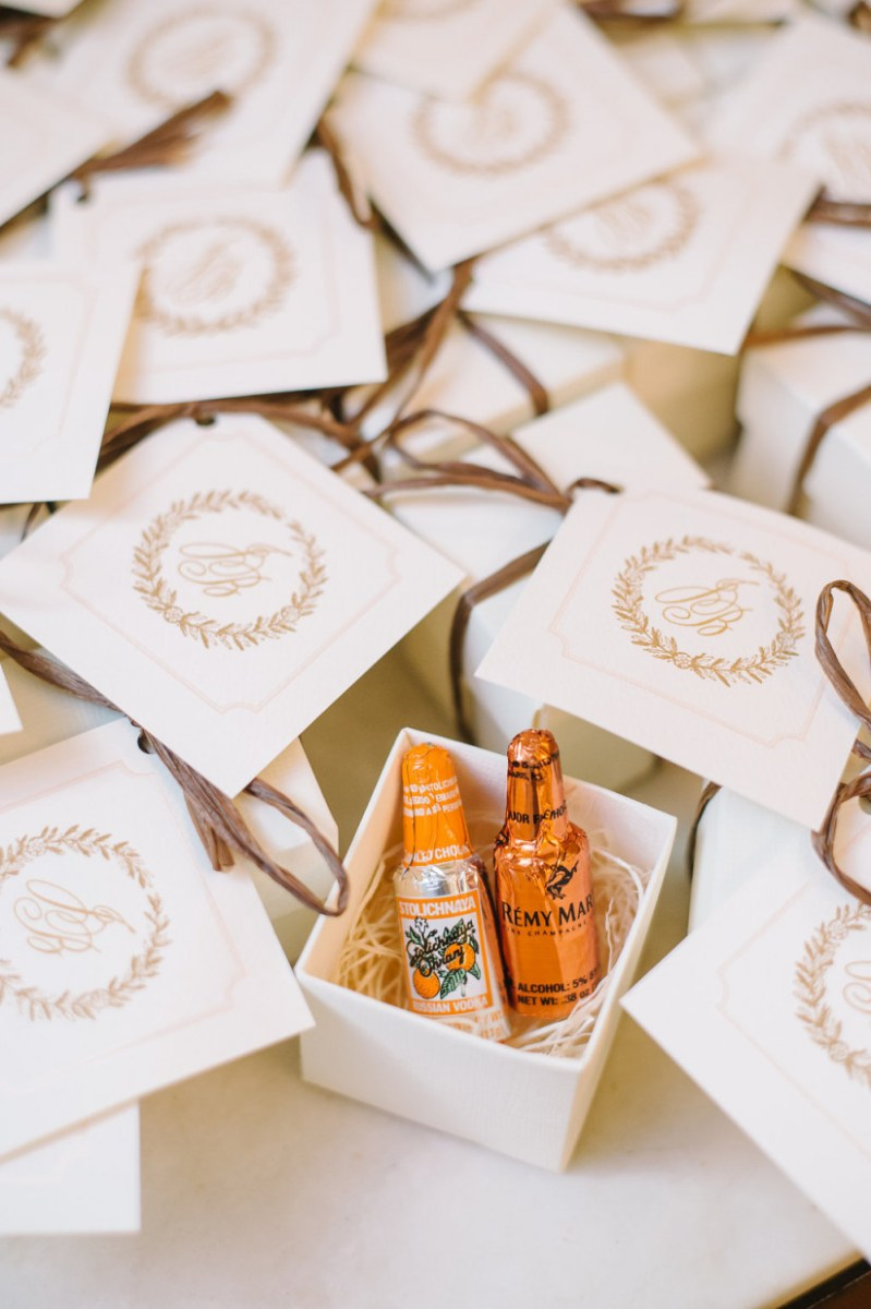 Souvenir Ideas Wedding 18 Wedding Favor Ideas That Arent Useless Or Boring Weddingwire