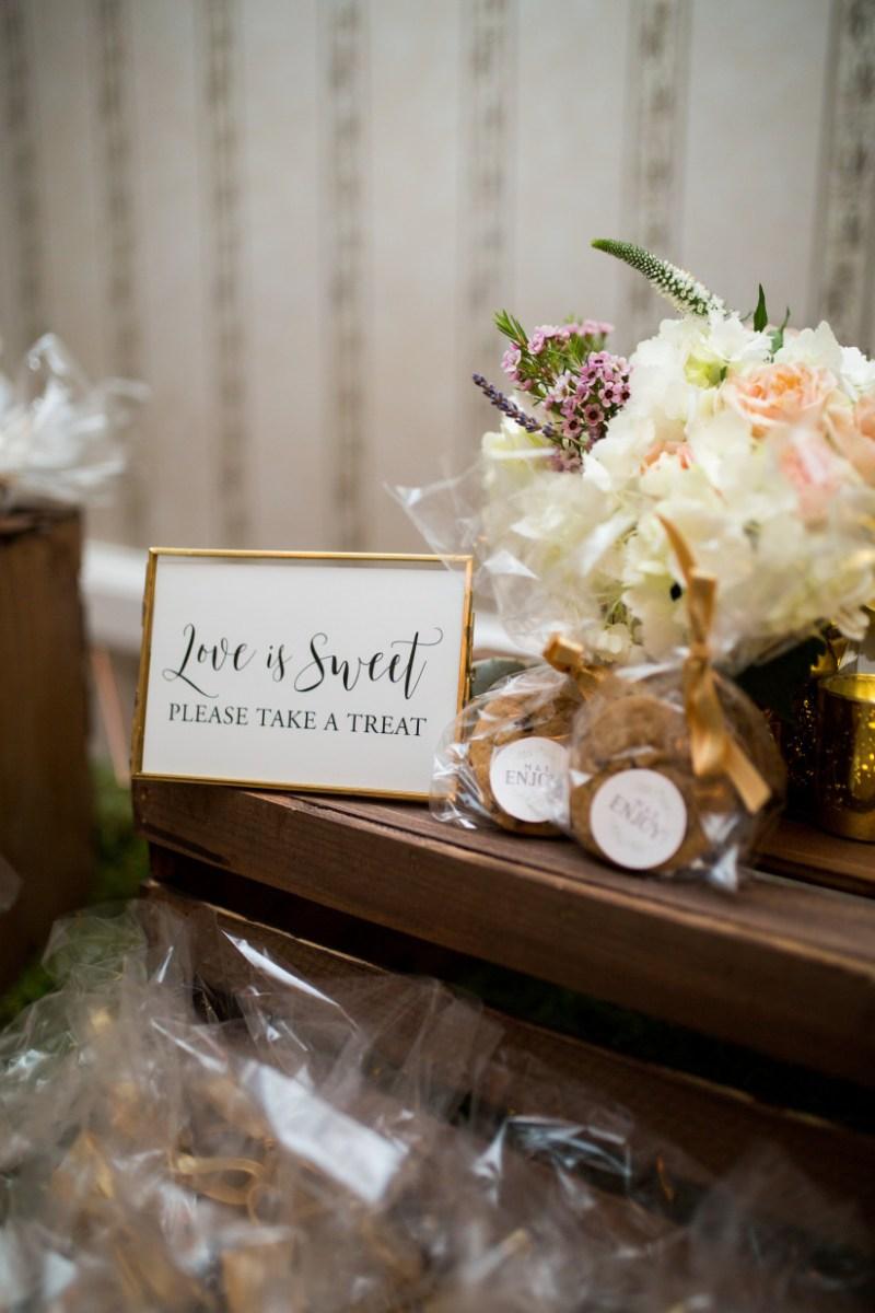 Souvenir Ideas Wedding 18 Wedding Favor Ideas That Arent Useless Or Boring Weddingwire