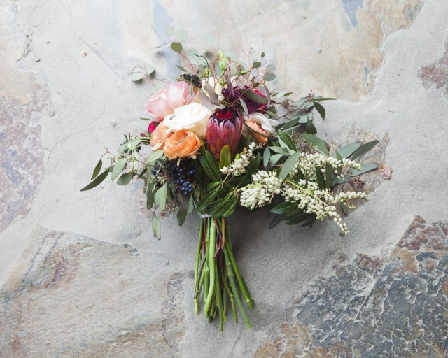 Wedding Bouquets Diy How To Make A Bare Stem Wedding Bouquet Rustic Wedding Chic