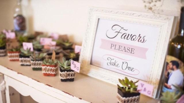Wedding Dyi Ideas 5 Diy Summer Wedding Favor Ideas Unveiled Zola