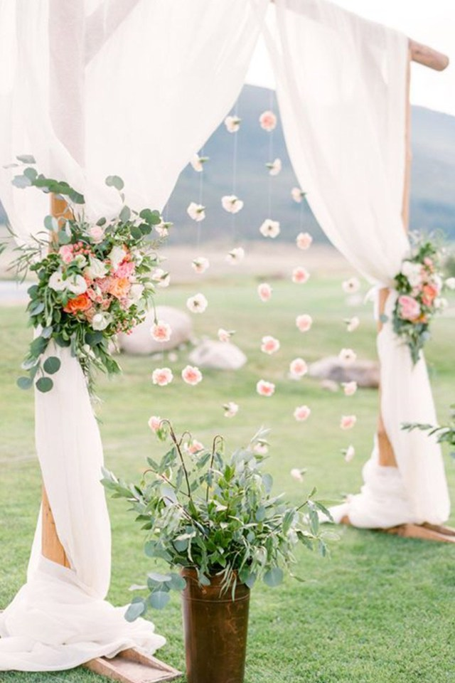 Wedding Photobooth Diy Diy Photo Booths To Suit Any Wedding Chwv