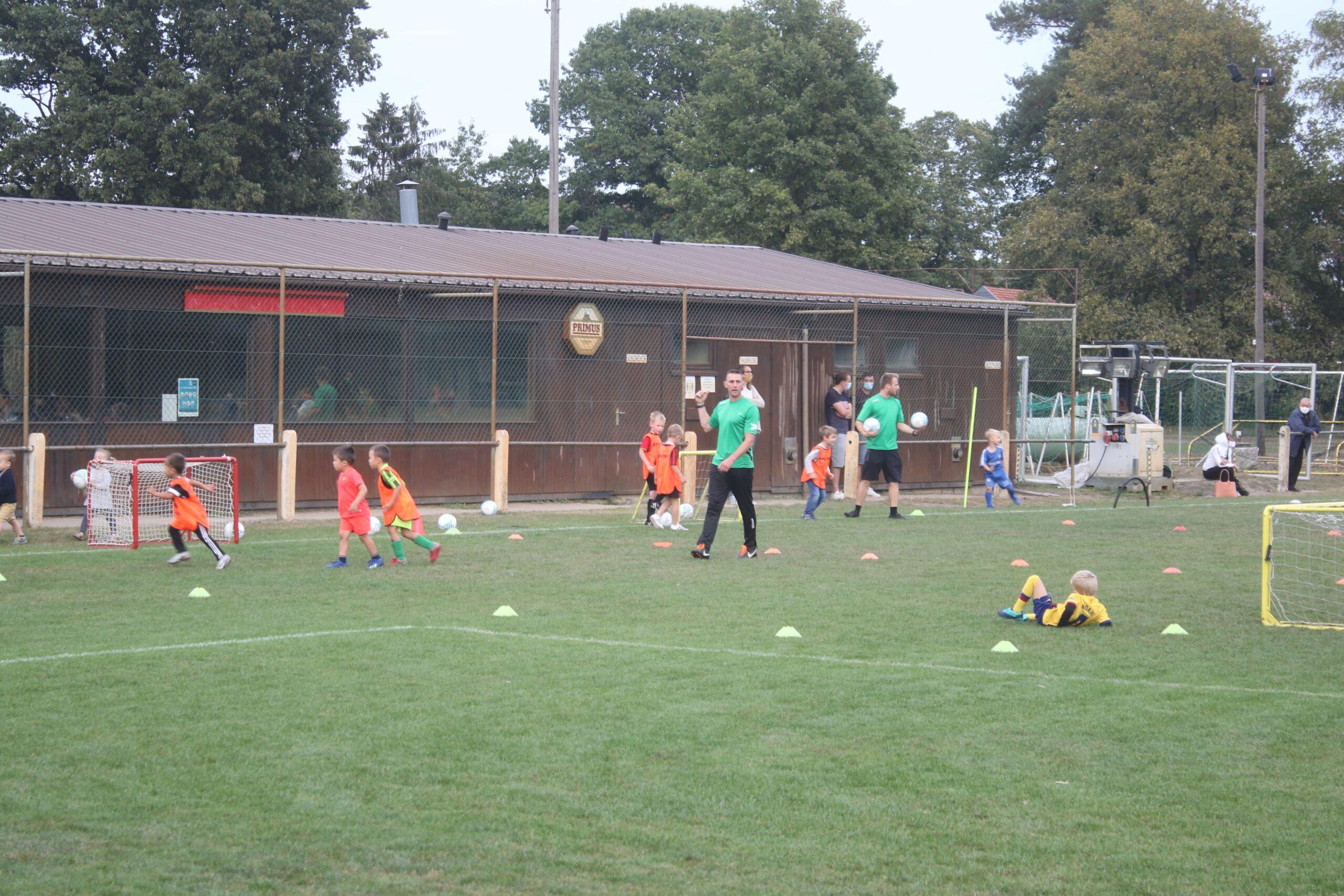 Initiatie BT United brengt meer dan zestig jonge voetballers op de been