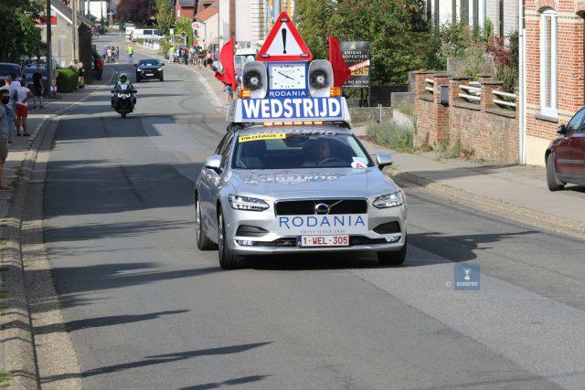 Wim Ruelens in de vertrouwde Rodaniawagen in de nieuwelingenkoers in Tielt-Winge