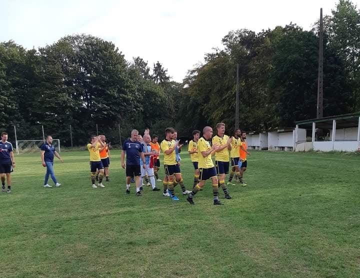 SK Waanrode versterkt zich met twaalf spelers om top zes te halen