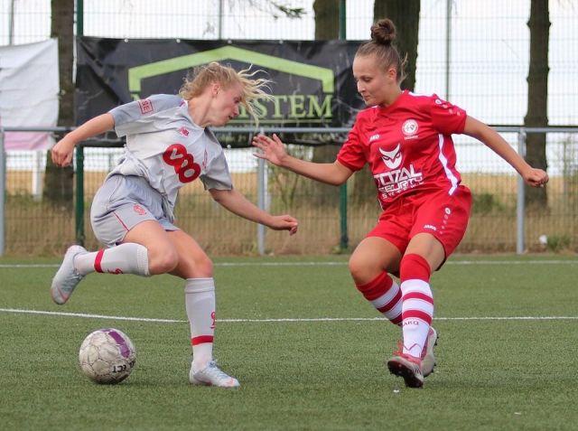 Bij Standard Luik beleefde Aster (links) haar leukste periode