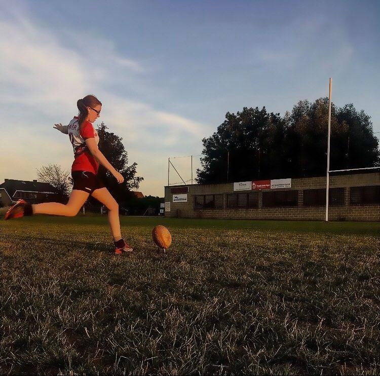Rugby; de vooroordelen ontkracht door speelster Elien Goossens!