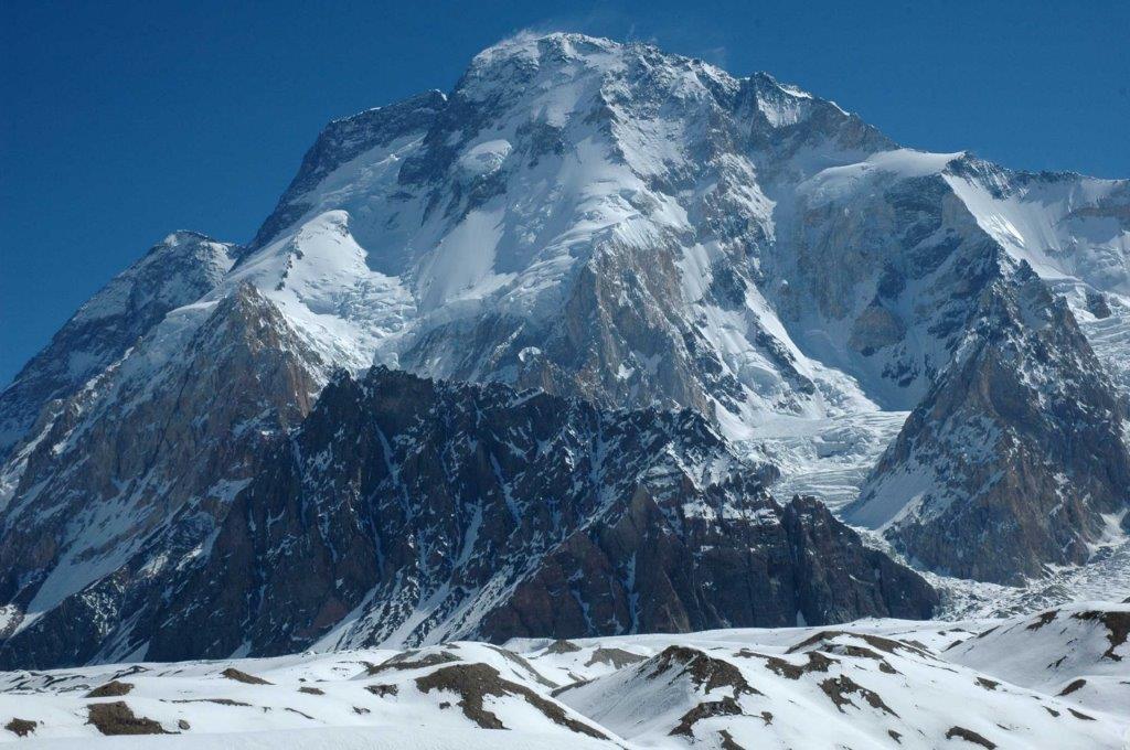 Alpinistenkoppel vertrekt op expeditie in Pakistan en zet inzamelactie op voor één van de armste regio's ter wereld