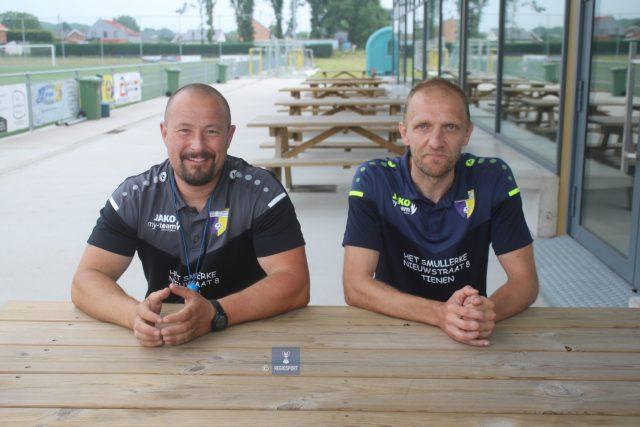 Trainer Nico Mans (r) en T2 Kristof Goris