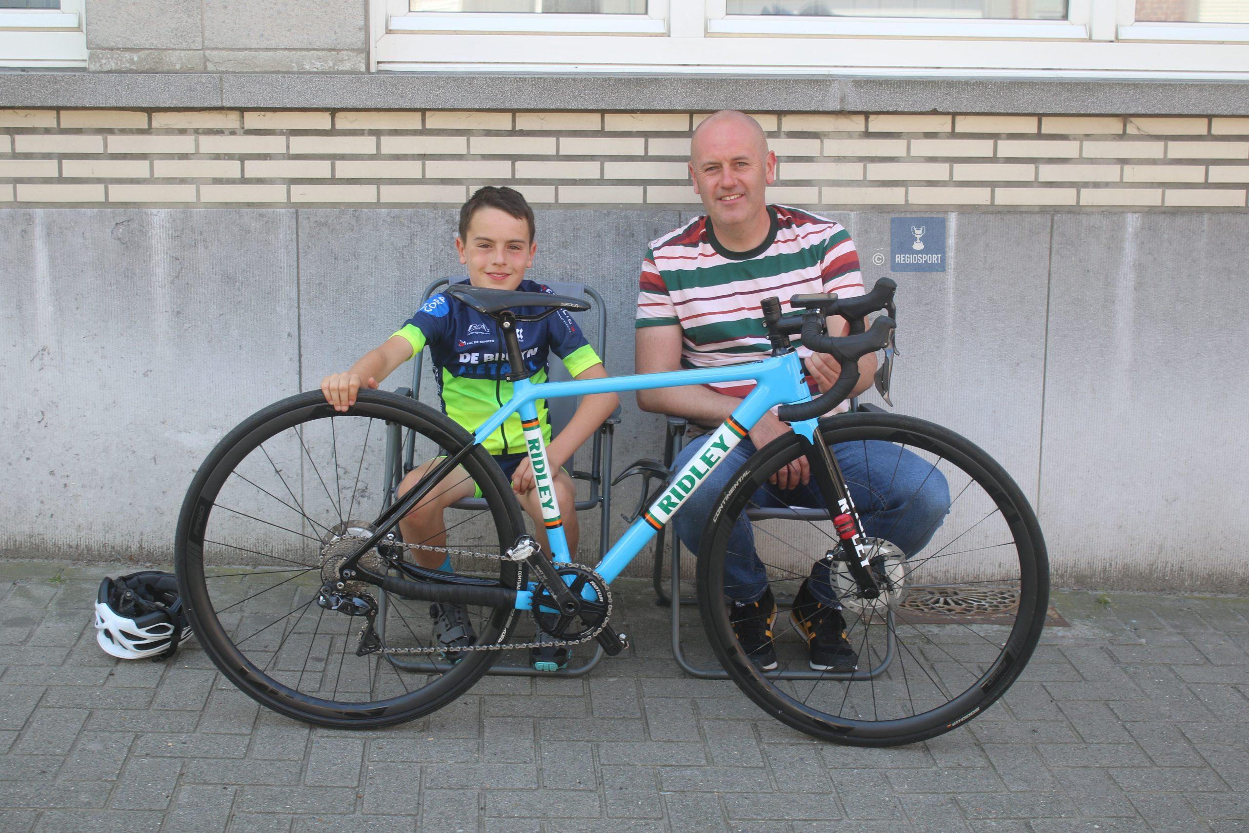 Elfjarige miniem Lenn Maes doet het goed bergop