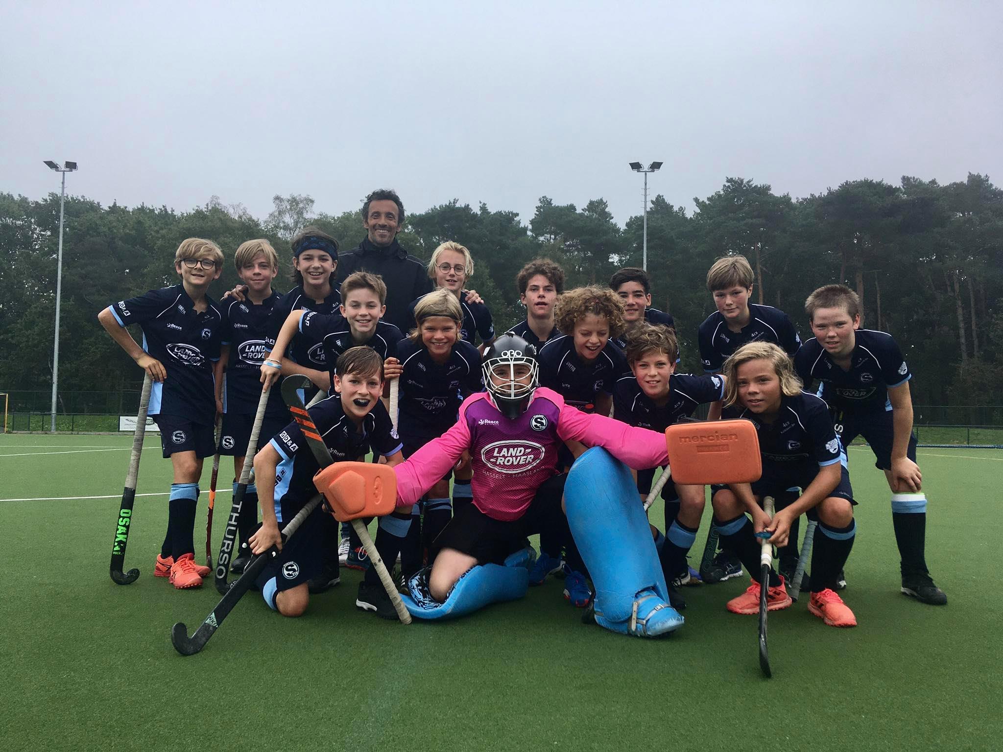 De U14 meisjes en jongens van veldhockeyclub Hasselt Stix starten goed!